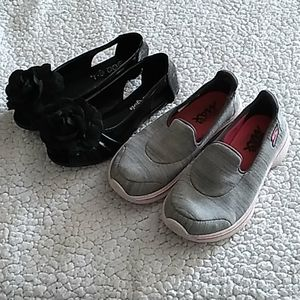 2 pairs of girls shoes